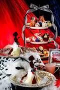 """「ダルメシアン クイーン アフタヌーンティー」ヴィランズ着想ケーキで""""ダークプリンセスの世界""""を表現!"""