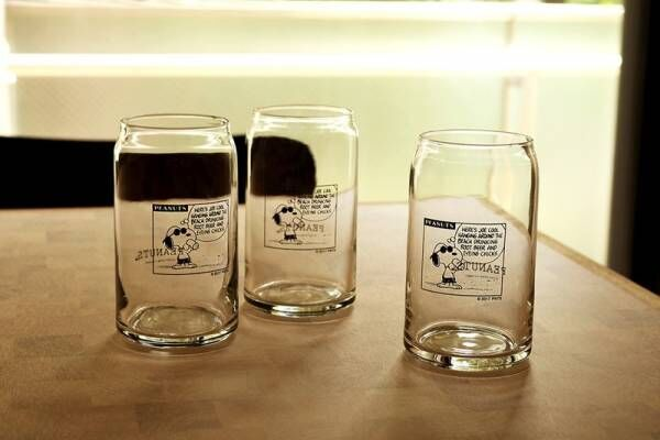 中目黒「PEANUTS Cafe」のオリジナルグッズに、ジョー・クールのコミックがプリントされたカフェグラス登場♪