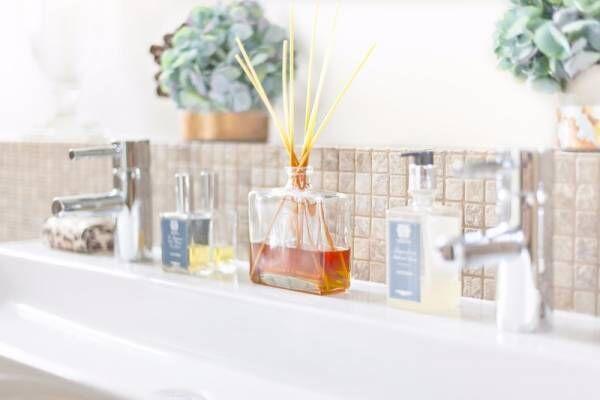 【臭い対策】芳香剤の種類のおすすめは?スプレー式、ビーズ式、スティック式を実践比較