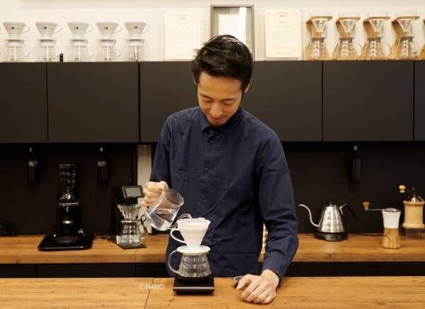 オール耐熱ガラス製で注ぎ口の中まで見え、何度コーヒーを淹れても疲れにくいプロユースの逸品「ガラスドリップケトル」が新登場