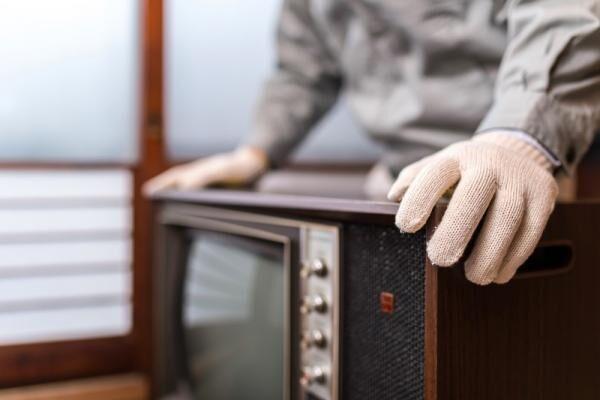 いらなくなった家電の処分方法は?リサイクルの方法は?料金・手順も解説します。