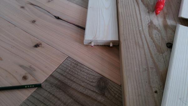ローテーブルをDIYしてみよう!簡単な作り方から天板や脚のアイデアまで幅広くご紹介
