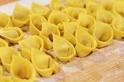 生パスタ生地から作るトルテリーニのレシピ。ぷりぷり食感のイタリア版の水餃子!