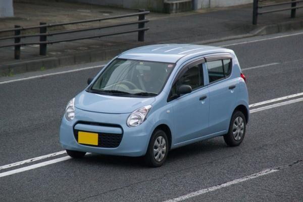 車の維持費を見直そう!普通車と軽自動車を比較すると?節約方法は?