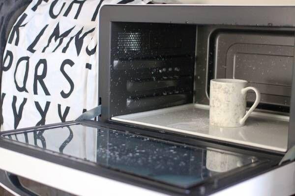 【お掃除ドリル#4 電子レンジ編】頑固な電子レンジの汚れは重曹スチームで消臭&ピカピカに!