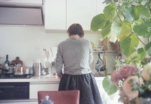 【あの人の部屋 #2】憧れの彼女の部屋はいい香りで満ちている