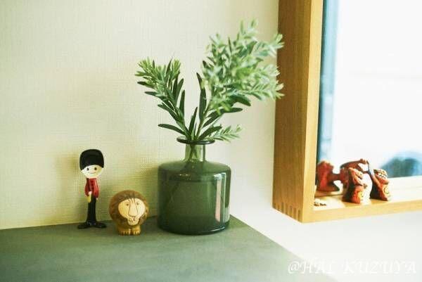 【あの人の部屋 #3】窓からの光が心地よい、小さなレディーの住む家