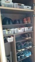 【100均】溢れかえった靴箱がスッキリ!賢く収納できるアイデアまとめ