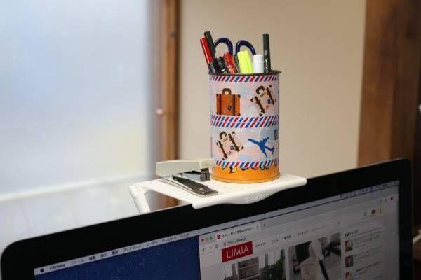テレビやパソコンの上に収納!?モニター上に簡単に設置できる、アイデアシェルフを実際に使ってみた!