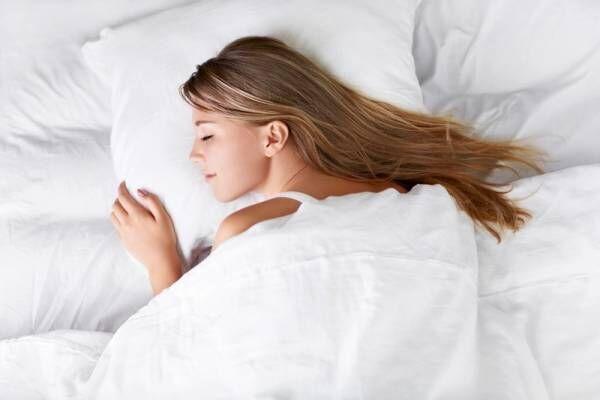 軽くてあったか羽毛布団5選!さむ~い冬の夜もぐっすり眠ろう♡