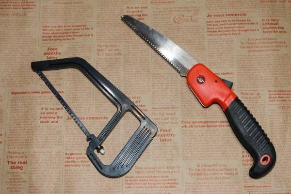 【100均】DIYアイテムを徹底検証!弓ノコや折り畳みも気になる木工用ノコギリにズームイン【ダイソー・キャンドゥ】