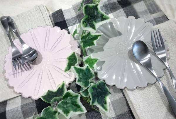 【ナチュラルキッチン アンド】テーブルに花を!おしゃれな食器で食卓を彩ろう♪