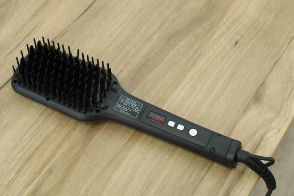 【SALONIA】とかすだけ!たった2分でナチュラルストレートヘアが完成⁉ブラシ型アイロンは忙しいときの味方!