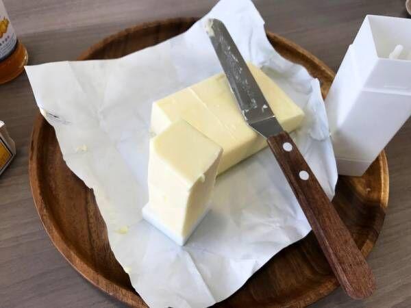 【キャンドゥ】SNSで話題沸騰!固いバターが簡単にぬれる!?《直ぬりバタースティック》を使ってみた