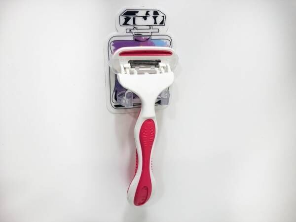 【セリア】直置きしないで衛生面を保とう!洗面所やお風呂で活躍するホルダーをご紹介します