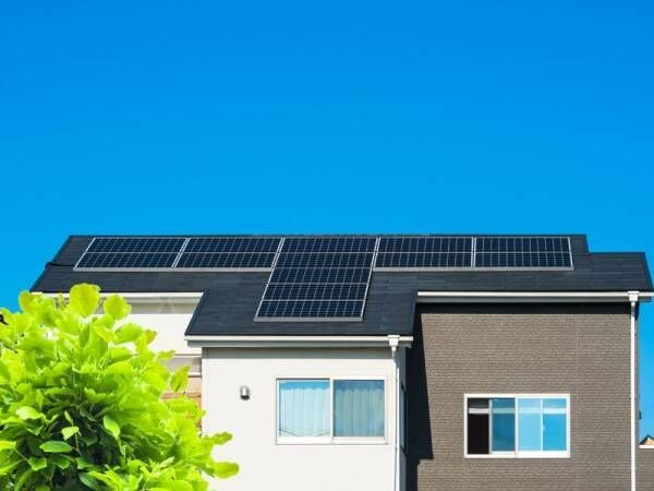 電気代節約のカギはここにあり!太陽光発電って意外と始めやすい♪