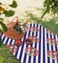 近所ピクニックで激可愛いレジャーシート♡意外な使い方にもビックリ!