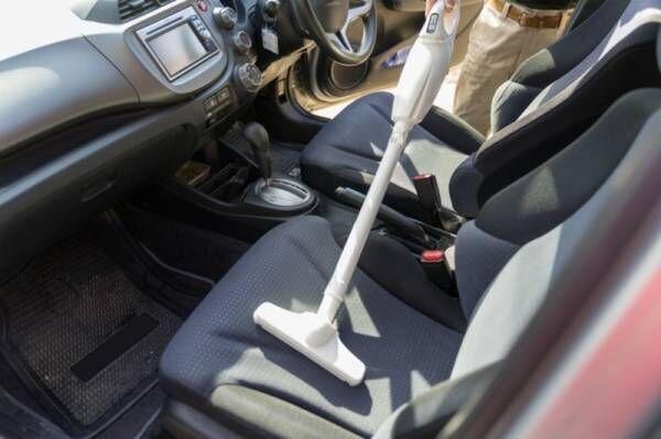【除菌もできて◎】車内のイヤなニオイは、これ1本で一瞬