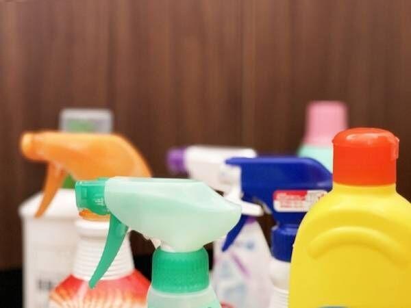頑張らなくても良くなる!トイレ床の黒ずみを落とす洗剤の選び方