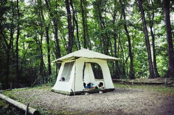 コールマンが新たに提案する1つで2役のお手軽キャンプ!車を有効活用できる「カーサイドテント/3025」が登場