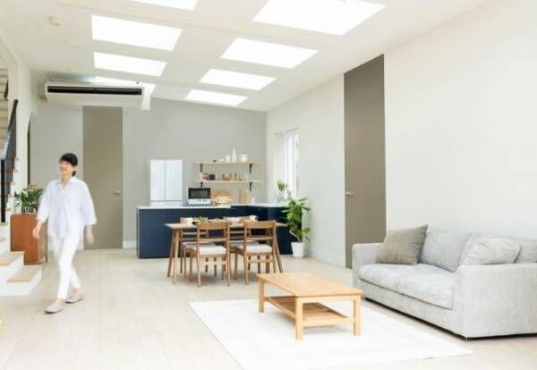 コロナ禍のお家ストレスを和らげるグレー色の室内ドアを新発売