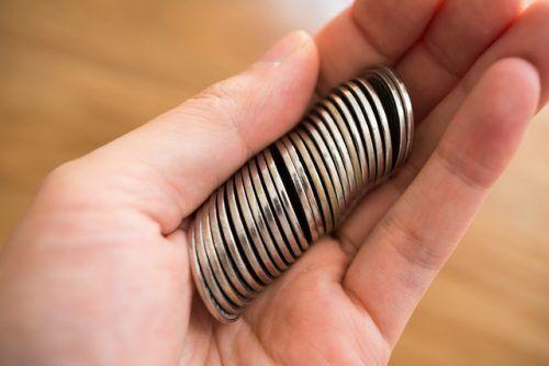 1円玉を1,000枚は…? 何枚までなら同じ硬貨を使っても大丈夫?