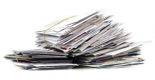 ダイレクトメールを配達せずに破棄…どんな罪に問われる?