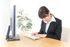 社員が居眠りを繰り返す!時間分減給することは可能?