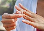 婚約破棄した相手の家族から「苦痛を受けた」と慰謝料請求…支払う義務はある?