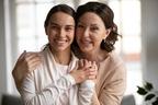 【ママの味方】産後ドゥーラとは?どんなことをしてくれるの?ベビーシッターとの違いは?