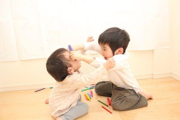 【見て見て攻撃】「子どもの遊びに付き合うのがつらい」ママたちの本音