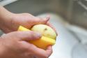 セリアの「野菜の皮むきスポンジ」を使ってみて気づいたことは?