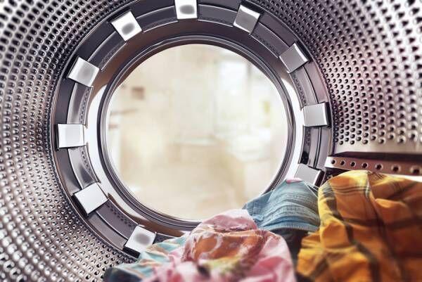 どっちがいい? 洗濯機のフタは開けておくべき?閉めておくべき?
