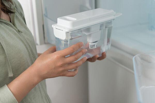 じつはカビだらけ!?冷蔵庫の製氷機の掃除方法は?