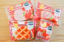 ファミマからイチゴフレーバーの焼き菓子4種が発売中!