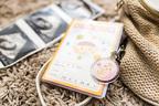 162名のママが選んだ! Amazonで購入できる母子手帳ケース人気ランキング