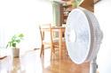 つけっぱなしの家庭も…扇風機の電気代っていかほど?