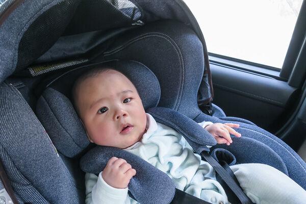 【法律では6歳までだけど】チャイルドシートはいつまで着用している?
