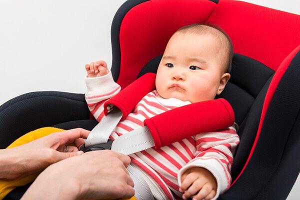 【安全性が高いのは?】新生児向けのチャイルドシートの選び方