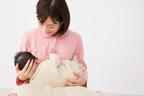 【疑問】赤ちゃんの授乳中ってみんな何してるの?
