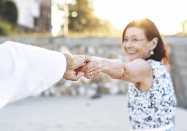 老後の生活費はどれくらい必要?ゆとりある老後を送るために今からできることとは