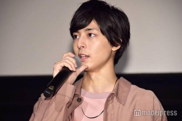 日本映画界で役者・高杉真宙に期待されること 「虹色デイズ」飯塚健監督が語る「股に掛ける存在に」