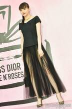 松井愛莉、大胆SEXYドレスで美脚披露 圧巻スタイルに報道陣もため息