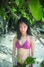 大友花恋史上最高の大人な水着姿 美しく磨かれたボディライン披露