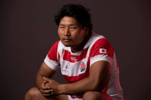 """""""笑わない男""""ラグビー日本代表・稲垣啓太選手、憧れの女性と対面で表情緩む「試合で勝った時より嬉しい」"""