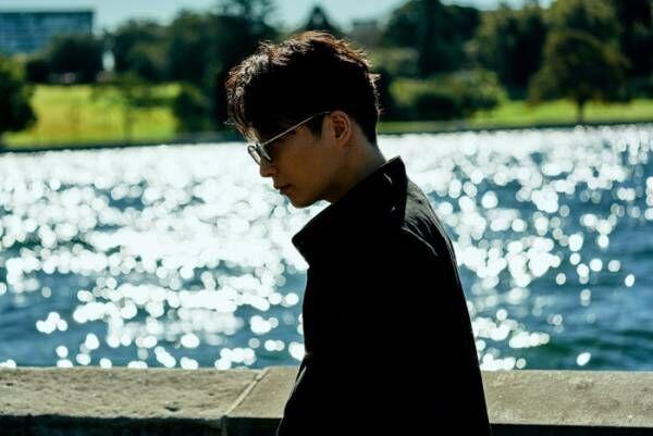 """星野源の""""1年間""""を記録 4作目のオフィシャル・イヤーブック発表<YELLOW MAGAZINE>"""