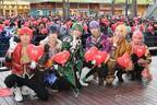 """舞台おそ松さん「F6」バレンタインライブにファン興奮 """"理想のチョコの渡され方""""をメンバー同士で実践"""