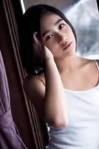 アンジュルム佐々木莉佳子、5年ぶりソロ写真集でラストティーンの集大成「私の色んな部分がぎっしり」<莉佳子―少女、第二章―>