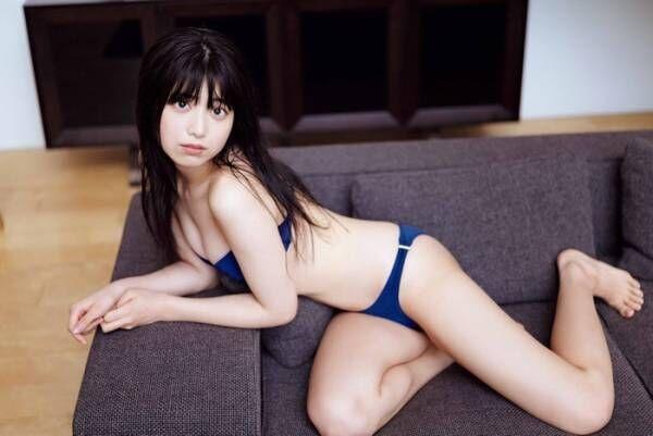 """吉田莉桜""""初セクシー""""挑戦で美ボディ披露"""