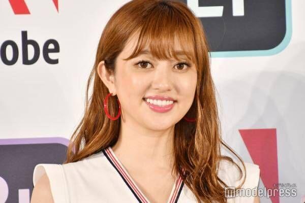 第1子出産の菊地亜美、愛娘との2ショット公開「ママの顔」「優しい表情」と反響